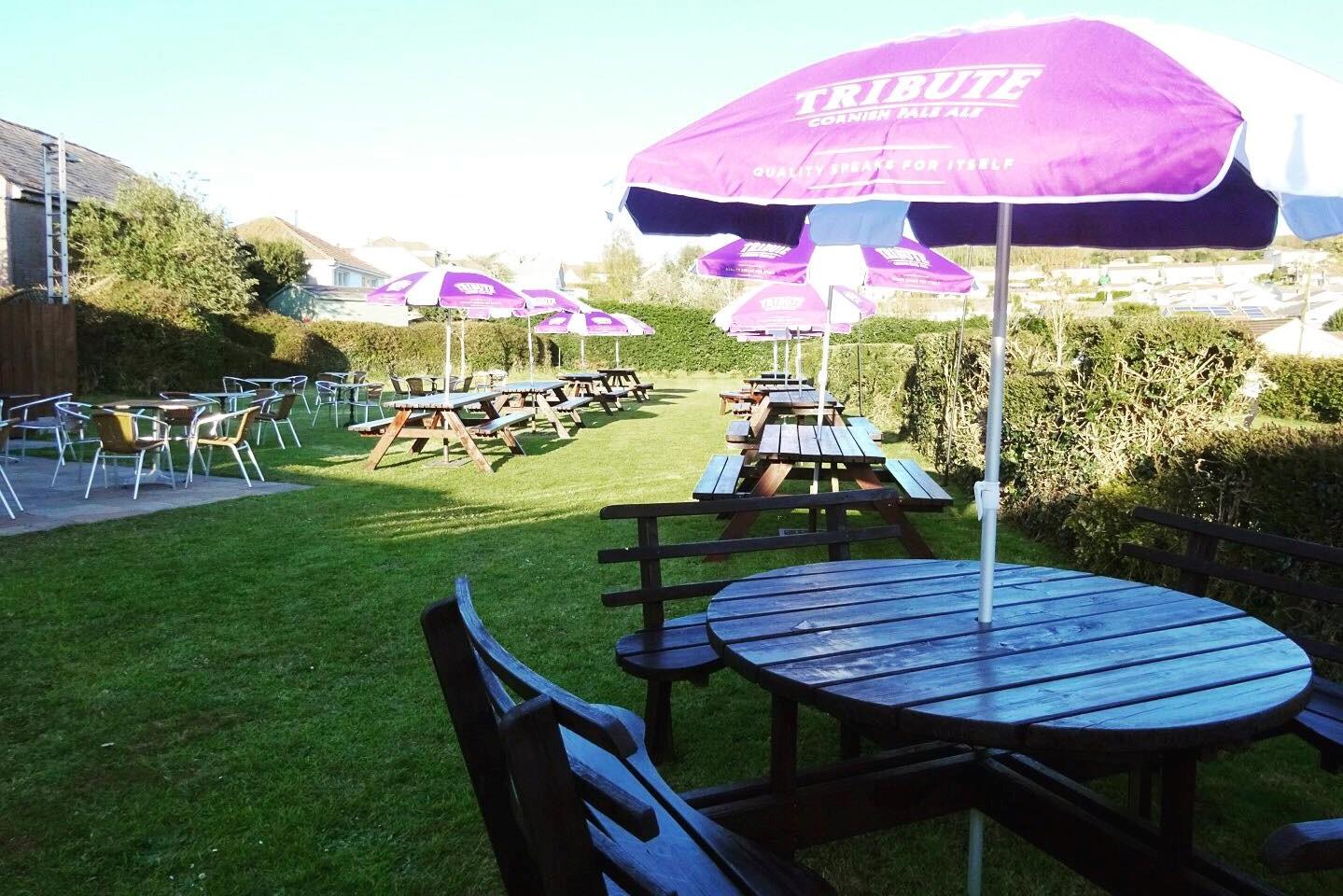 The New Inn Cornwall Beer Garden